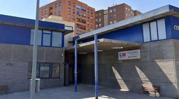 La alcaldesa de Móstoles preocupada por la situación de los centros de salud