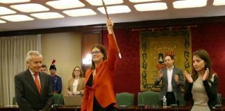 La alcaldesa de Móstoles gana casi 80.000 euros en 2020